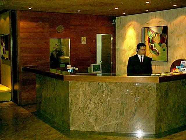Recepção... Recepcaograndehotel-1